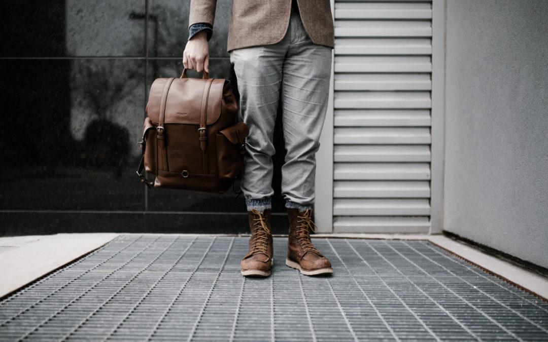 Boots und Taschen